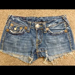 Trues Religion Cut off Jean Shorts